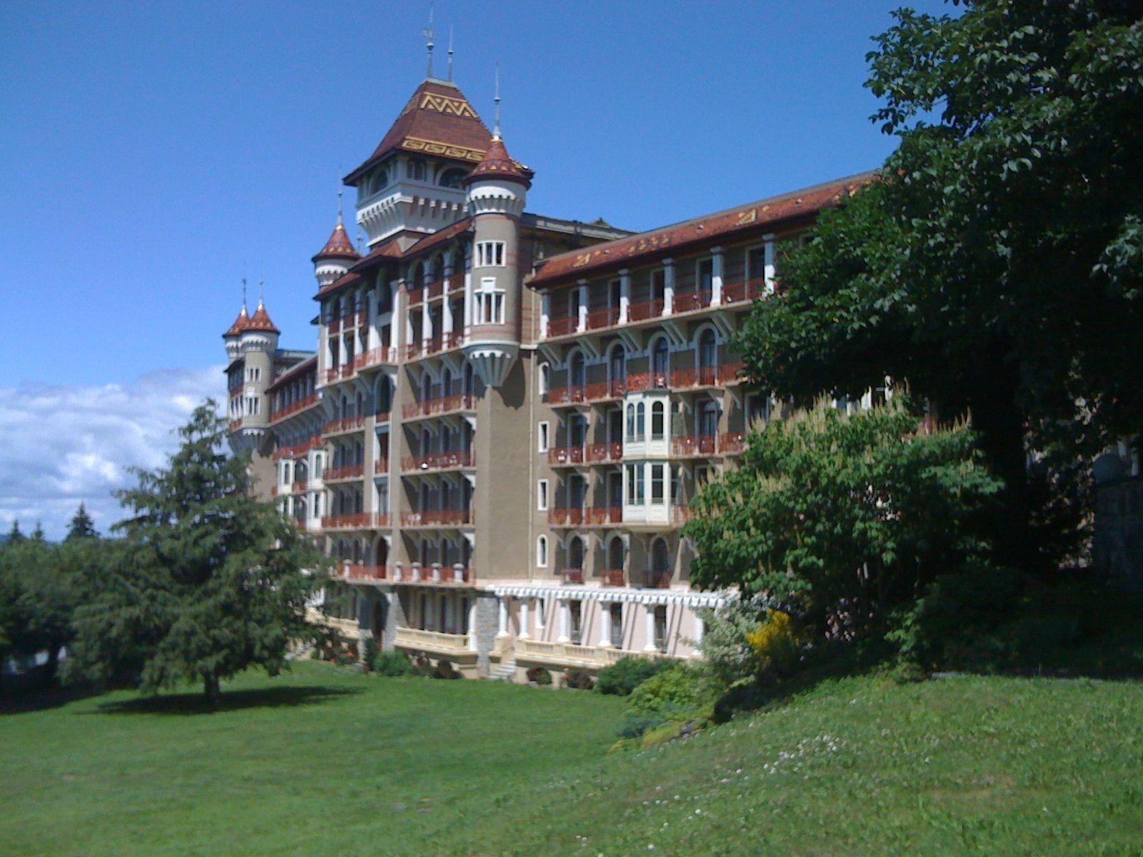 CAUX HOTEL